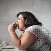 Comer à noite prejudica a saúde do coração?